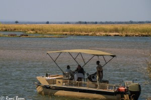 Lunch in style on the Lower Zambezi River